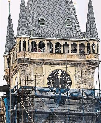 Věžní hodiny